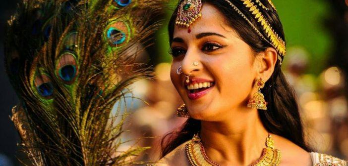 Anushka as Bhanumathi in Mahanati
